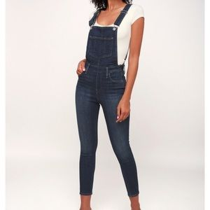 Levi's over and out skinny overalls